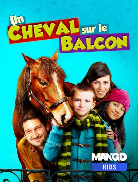 MANGO Kids - Un cheval sur le balcon