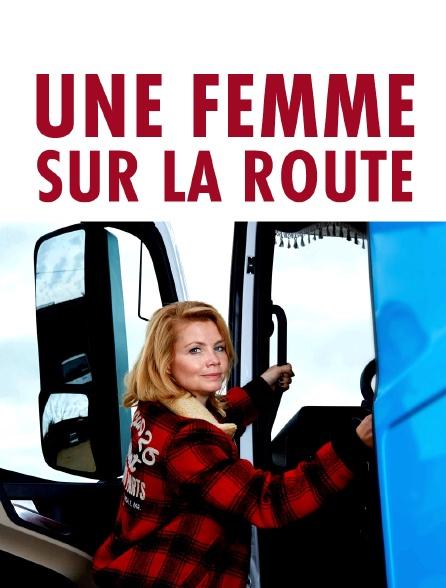Une femme sur la route