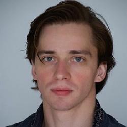Oleg Rogachev - Danseur