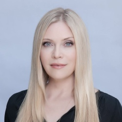 Emily Procter - Actrice