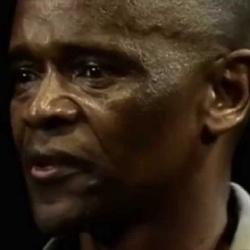Winston Ntshona - Acteur