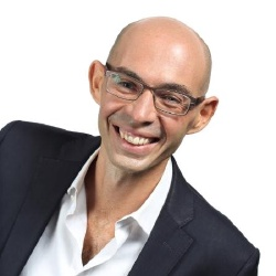 Michaël Szames - Présentateur