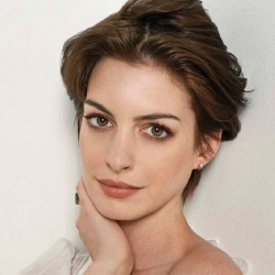 Anne Hathaway - Actrice