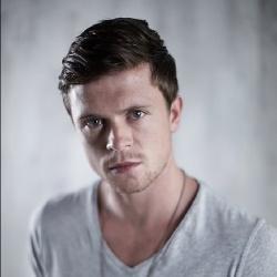 Hugo Johnstone-Burt - Acteur