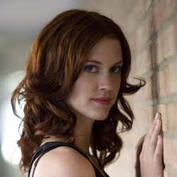 Lauren Lee Smith - Actrice