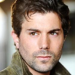 Micah Sloat - Acteur