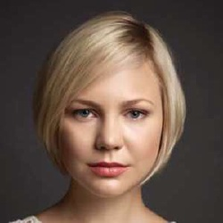 Adelaide Clemens - Actrice