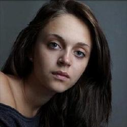 Pauline Burlet - Actrice