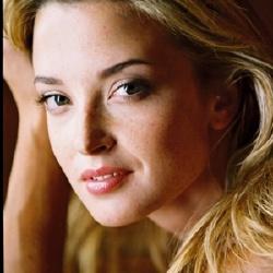Emily Foxler - Actrice