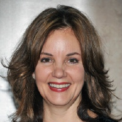Margaret Colin - Actrice