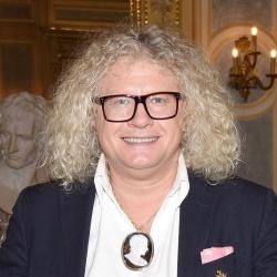 Pierre-Jean Chalençon - Présentateur