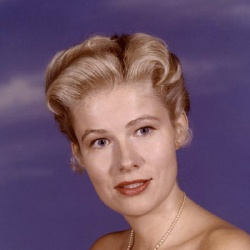 Nancy Olson - Actrice