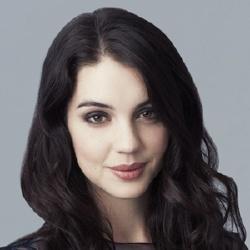 Adelaide Kane - Actrice