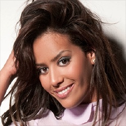 Amel Bent - Voix Off VF