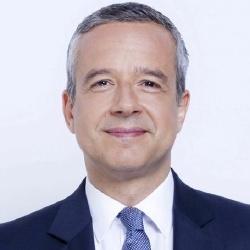 Romain Desarbres - Présentateur