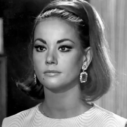 Claudine Auger - Actrice
