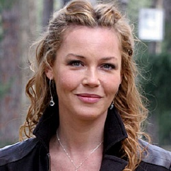 Connie Nielsen - Actrice