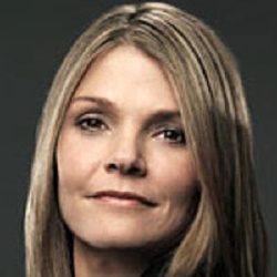 Kathryn Erbe - Actrice