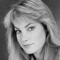 Paula Irvine - Actrice