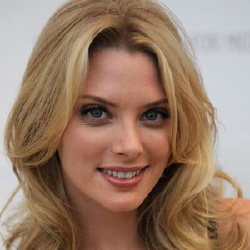 April Bowlby - Actrice