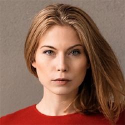 Nora von Waldstätten - Actrice