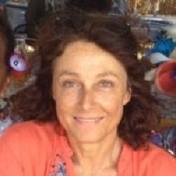 Nina Barbier - Réalisatrice, Auteure