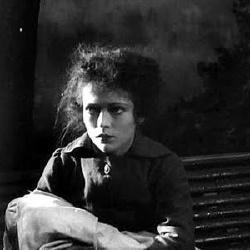Nadia Sibirskaïa - Actrice