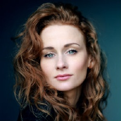 Leanne Rowe - Actrice