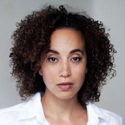 Larissa Breidbach - Actrice