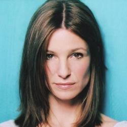 Krista Bridges - Actrice