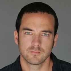 Andy Comeau - Acteur