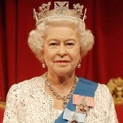 Reine Elisabeth II - Monarque