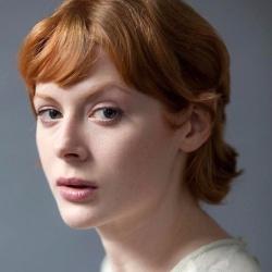 Emily Beecham - Actrice