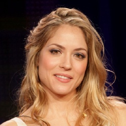 Brooke Nevin - Actrice