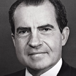 Richard Nixon - Politique