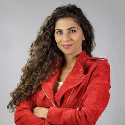 Yasmine Oughlis - Présentatrice