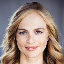 Julie Engelbrecht - Actrice