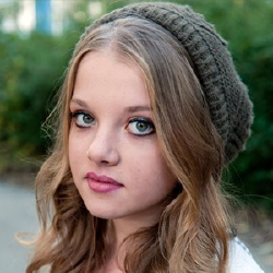 Jella Haase - Actrice