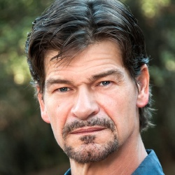 Don Swayze - Guest star