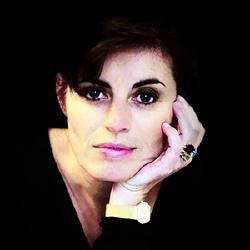 Sandrine Sarroche - Présentatrice