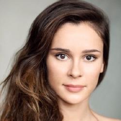 Bella Dayne - Actrice