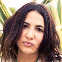 Jenni Konner - Réalisatrice, Scénariste
