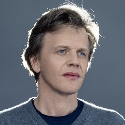 Alex Lutz - Acteur, Scénariste, Origine de l'oeuvre, Réalisateur