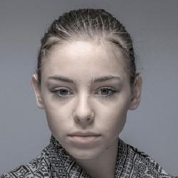 Zsófia Psotta - Actrice