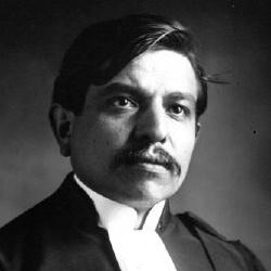 Pierre Laval - Hors-la-loi