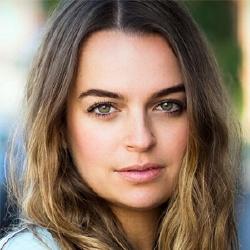 Bianca Bradey - Actrice