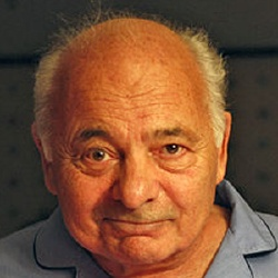 Burt Young - Acteur