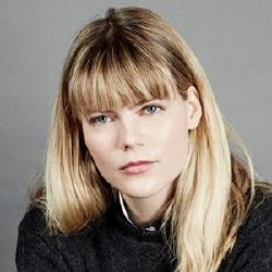 Emma Greenwell - Actrice