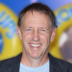 Dennis Dugan - Réalisateur