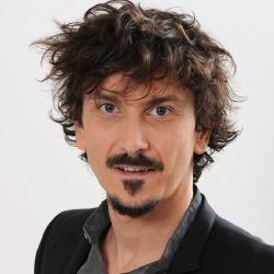 Arnaud Tsamere - Présentateur